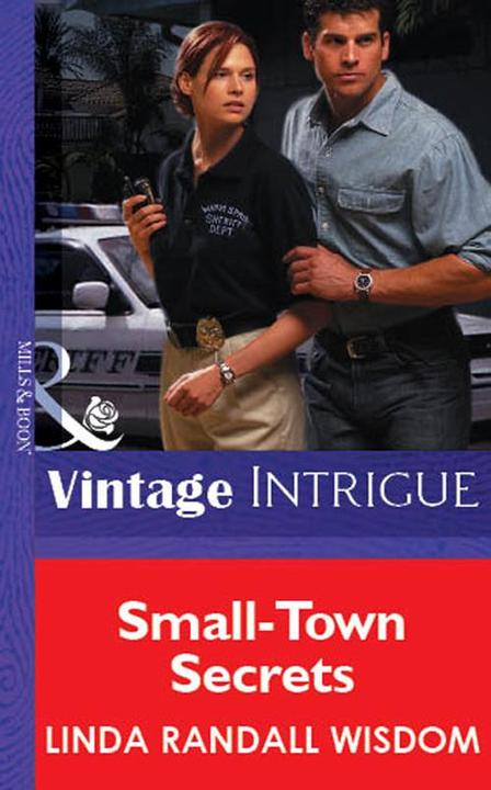 Small-Town Secrets (Mills & Boon Vintage Intrigue)